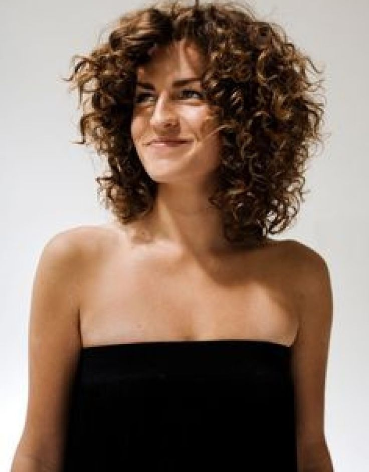 best 25 layered curly hair ideas on pinterest curly