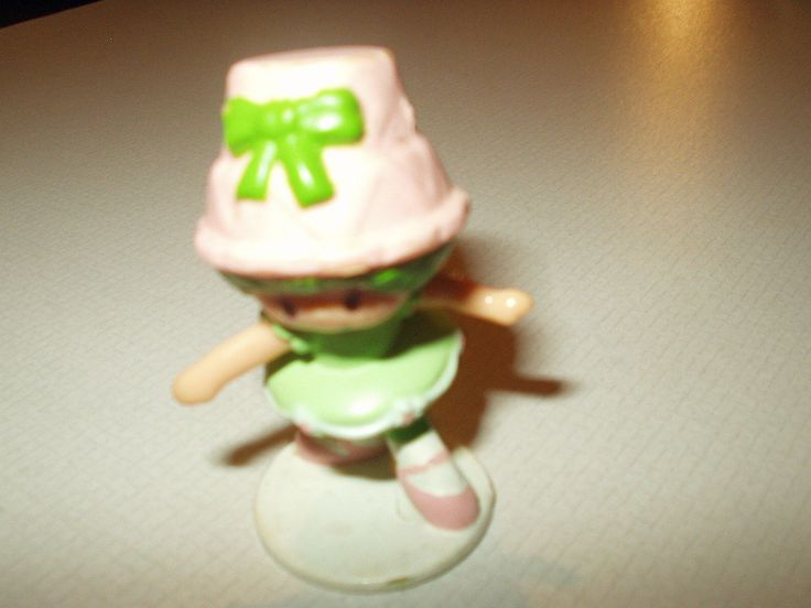 Vintage Ballerina Lime Chiffon - Strawberry Shortcake Miniature 1982 Kenner Pvc