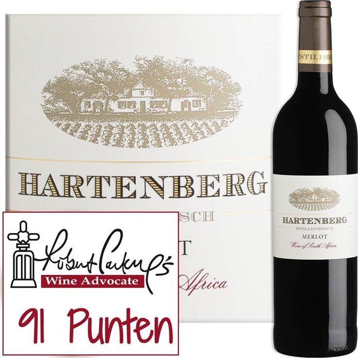 Met deze wijn won wijnmarker Carl Schultz van Hartenberg in 2005 de trofee van beste merlot ter wereld. Een zijdezachte en elegante wijn met enorme aroma's in het glas. Verwacht je aan een explosie van zwarte bramen en jong, rood fruit #merlot #winelovers #wijnmarkt #zuidafrikaansewijn