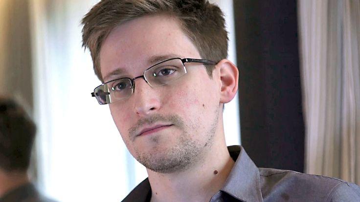 Le lanceur d'alerte Edward Snowden a déjà dévoilé 1,7 millions de documents révélant un programme de surveillance mondial, dont voici les 10 plus graves.