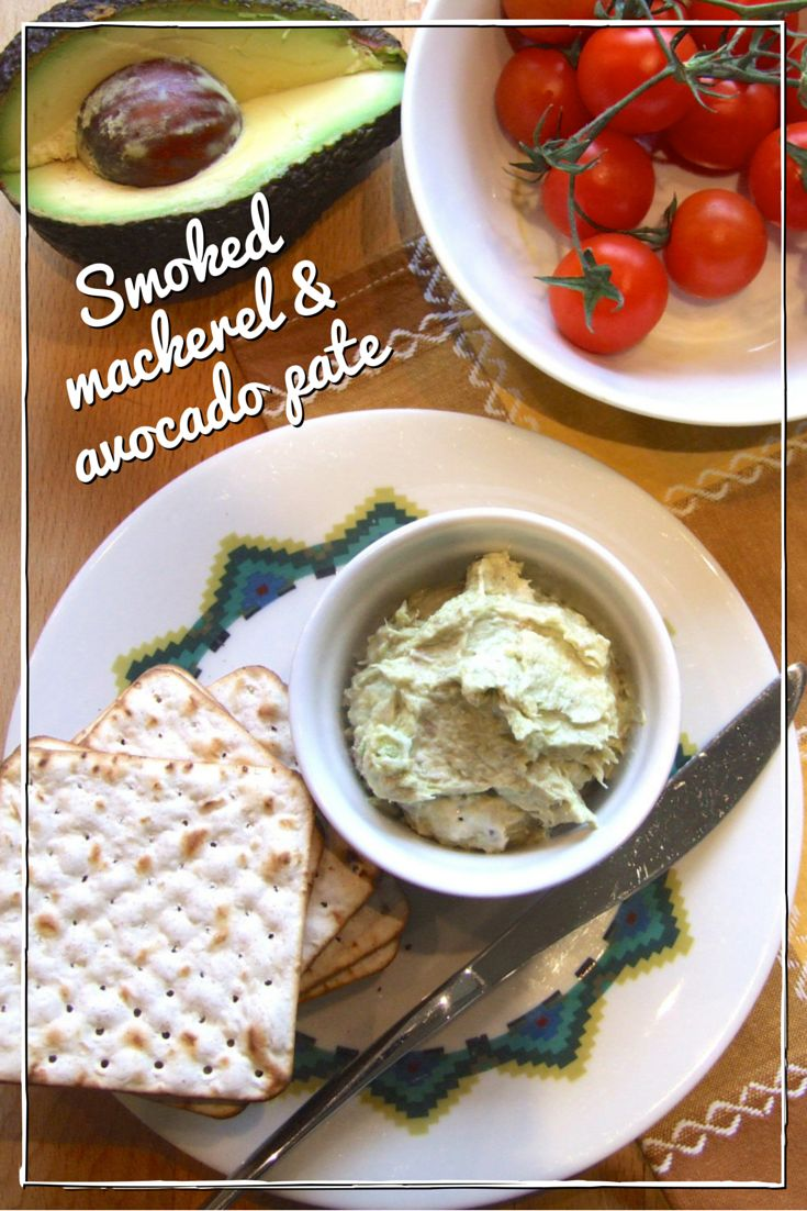 4 ingredients, 5 minutes! This quick & easy mackerel & avocado pate is a delicious snack or starter that's perfect for Pesach or all year round.