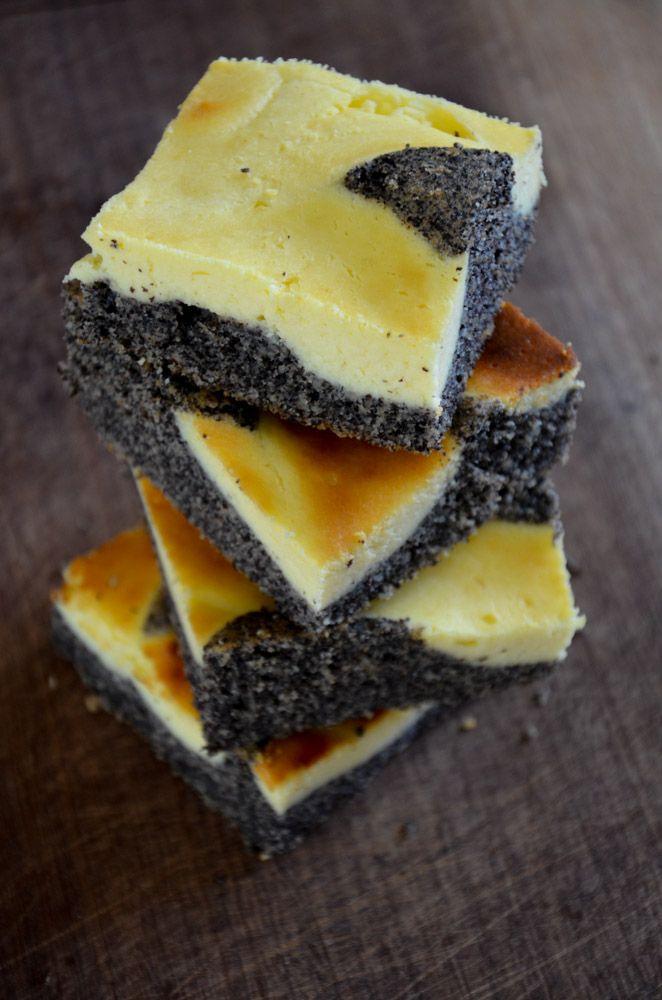 Poppy Cheesecake Squares // Mohn-Topfen-Gitterkuchen // BakingBarbarine - Mein Lieblingskuchen!