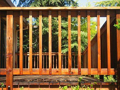 Simple deck railing wood standard