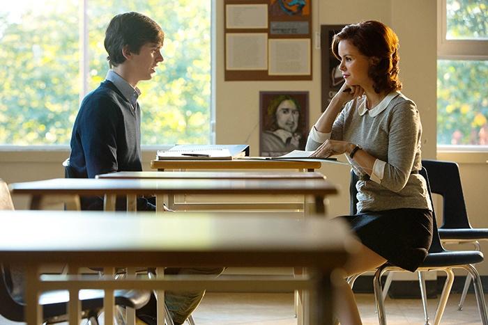 Cineast: Новости сериалов. «Мотель Бейтсов» продлен на второй сезон
