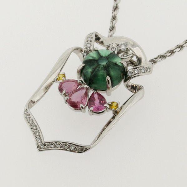 【中古】K18 Pt900 エメラルド ネックレス/新品同様・極美品・美品の中古ブランド時計を格安で提供いたします。