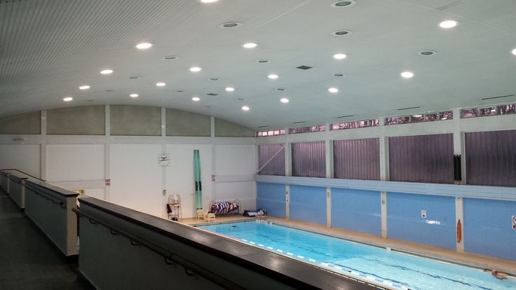 Earlsmann has provided new LED lighting for West Wickham swimming pool, achieving up to 75% savings in operation and maintenance costs.