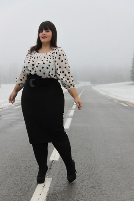 Plus Size Fashion - SweetPlus Size Tights Outfit, Polka Dots, Style, Plus Sizes Fashion, Curvy Girls, Size Fashion, Pencil Skirts, Adorable Outfit, Hot Outfit