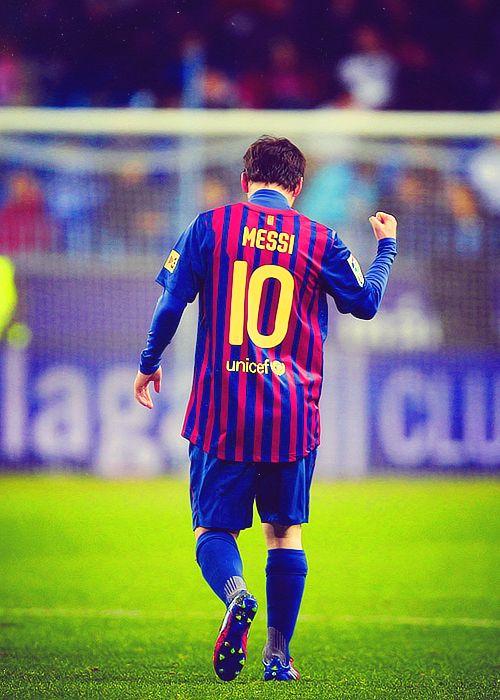 vamos pulguita mesiii gracias de que somos ambos argentinos a romperla en el mundial!!!!