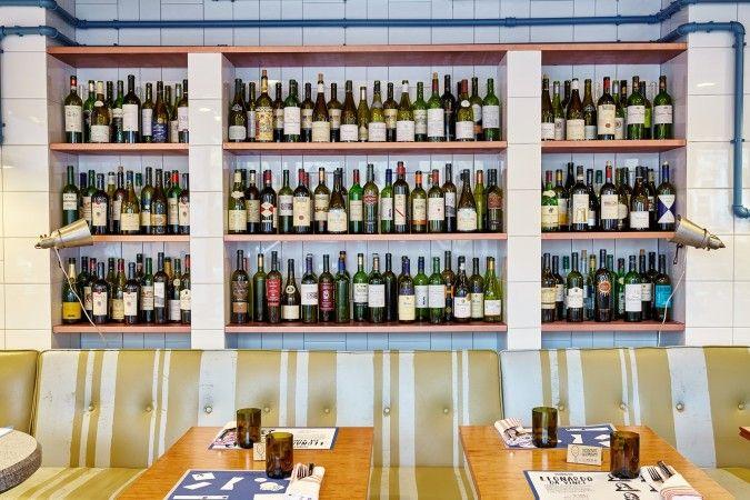 Светлый интерьер Скоро весна! / Ginza Project #interior #wine #bar #ginzaproject #ginza