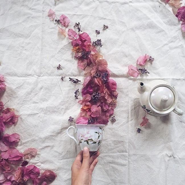Rus Sanatçı Marina Malinovaya'dan Fincan ve Çiçeklerle Yapılmış 20 Muazzam Çalışma Sanatlı Bi Blog 4