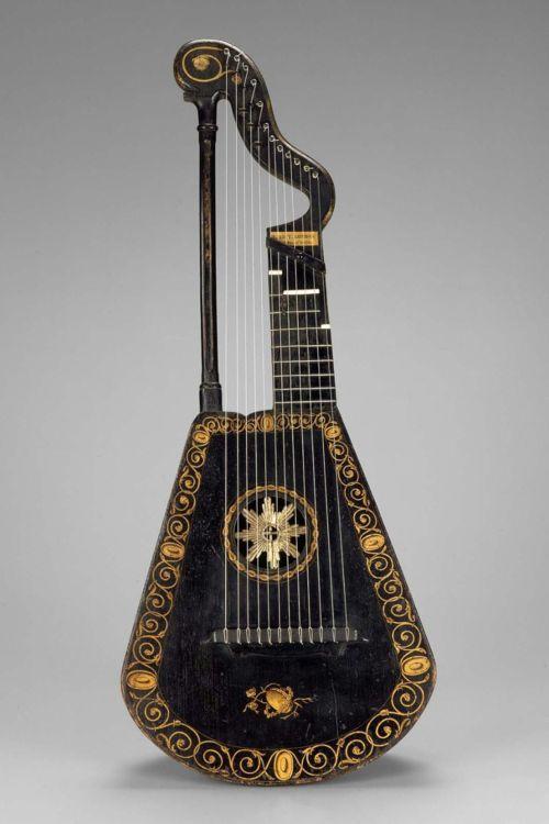 Harp Lute. England, 1815. The Museum of Fine Arts, Boston