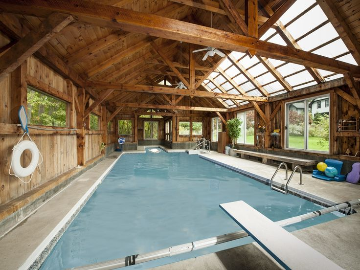 1000 images about barn gym on pinterest morton building for Pole house piscine