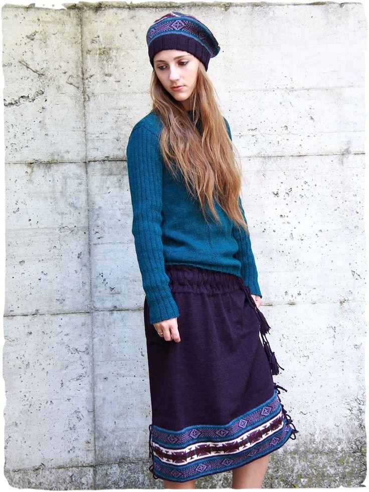 Blu alpaca wool knit skirt very nice #alpaca #wool #knit #skirt with #ethnic motifs.Length below the knee. Processing braided belt with comfortable wool ties to fit your measurement.  #ethnicalfashion #lamamita #fashion #italianfashion #style #italianstyle #lamamitafashion #fashion2016 #hippie #hippy #hippiechic #hippiestyle #hippystyle #hippychic #70s #70fashion #skirt #winter