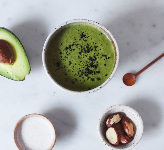 Complexion-clearing smoothie // Unsweetened non-dairy milk, water, plant-based protein powder, spirulina powder, pumpkin seeds, banana, avocado + mint leaves (Makes 1-2 servings)