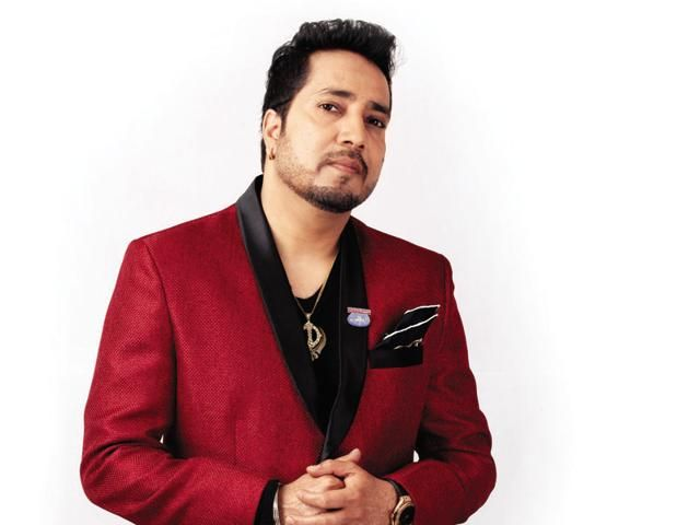 Mika Singh Height, Weight, Age, Biography, Wiki, Wife, Family    Biography & Wiki      Actor Name Amrik Singh   Nickname Mika   Profession Singer and Musician   Mika Singh Age 40 Years   Mika Singh Date of Birth 10 June 1977   Birthplace Durgapur, West Bengal, India   Nationality Indian   Ethnicity Asian/Indian   Zodiac Sign / Sun Sign Gemini   Religio   #age #Biography #family #Mika Singh Height #Weight #Wife #wiki