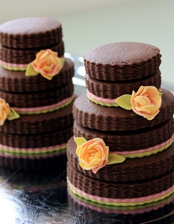 Love this look: wedding cookies stacked to look like mini wedding ...