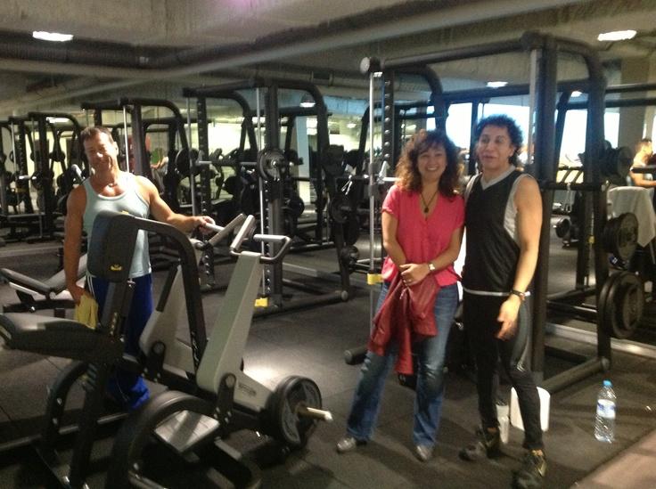 Découvrez le 8eme club de gym les salles des cercles de la forme Paris 12, le Cercle Nation. Pour plus d'informations www.cerclesdelaforme.com #nation #salle_de_gym #fitness