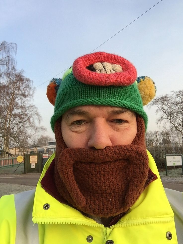 Monster Hat Knitting Pattern : Monster hat - pattern by Susie Johns, (I did not make the beard hat ) My Kn...