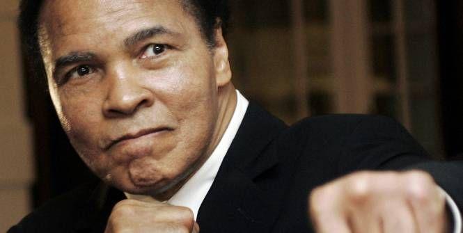 Mohamed Ali s'est éteint à l'âge de 74 ans, vendredi à Phoenix, en Arizona. Champion olympique, champion du monde à trois reprises, il aura régné sur l'âge d'or des poids lourds et forgé sa légende par ses luttes en dehors du ring.