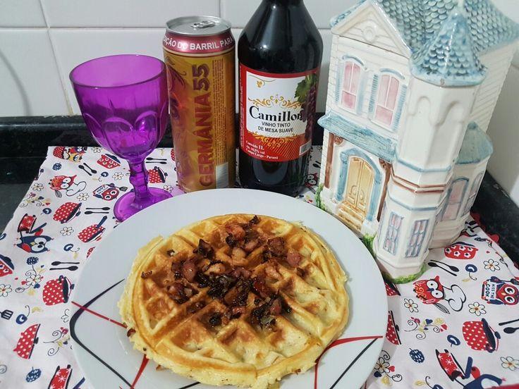 waffle de Bacon e calabresa