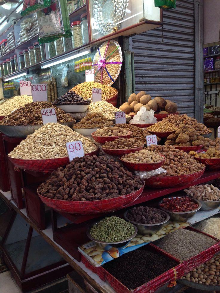 India food tour, spice market in Delhi