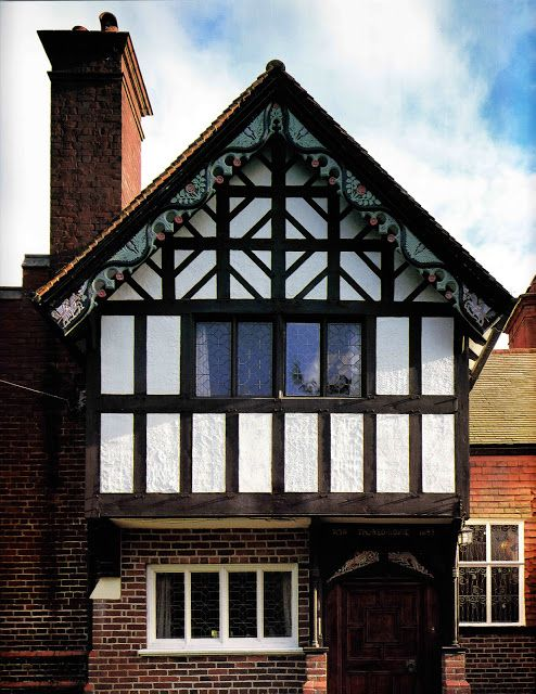 Arts And Craft Architecture In Surrey