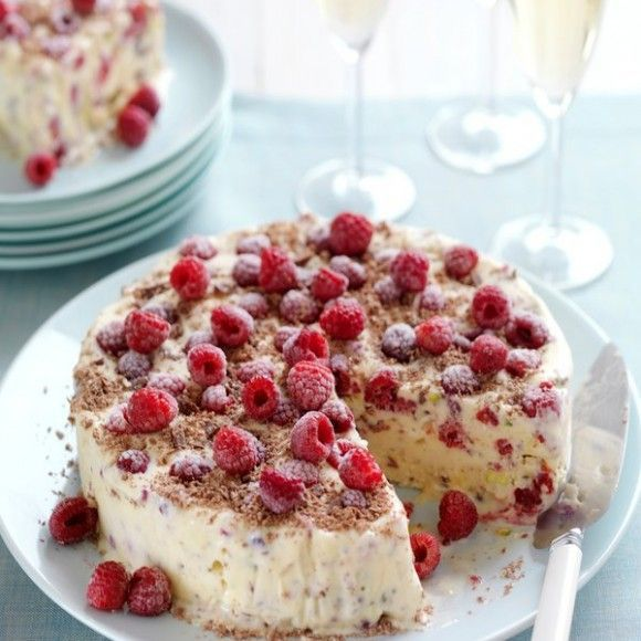 Collect this Raspberry, Meringue & Chocolate Ice-Cream Cake recipe by Creative Gourmet. MYFOODBOOK.COM.AU | MAKE FREE COOKBOOKS