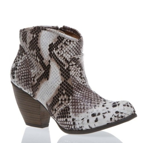 I don't do cowboy boots because of the height of them - I like these though -: Snakes Boots, Snakes Skin, Snakeskin Booty, Ankle Boots, Snakeskin Shoes, Snakeskin Boots, Cowboys Boots, Faux Snakeskin, Snakeskin Python