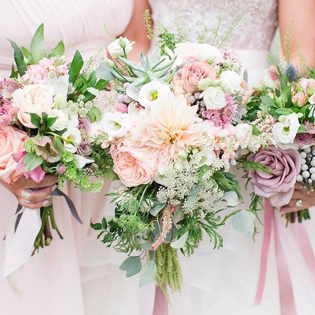 how make wedding bouquets the arrangement of these flowers is stunning photography 4874