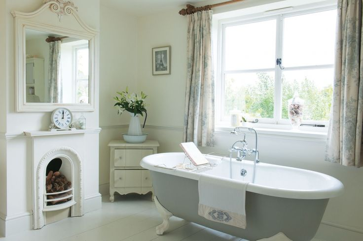 Shabby and Charme: Una splendida farm-house nel Derby-shire