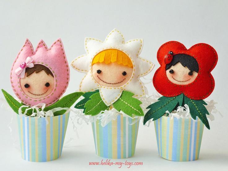 flores de feltro - http://www.helika-my-toys.com/2012/05/blog-post_16.html