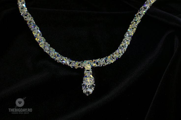 The Big Day | #1-0024 Colier Swarovski Cristal Flower http://thebigday.ro/ #Swarovski #swarovskijewelry #jewelry #handmadejewelry #wedding #mireasa #bijuterii #cristale #bijuteriimireasa #nunta