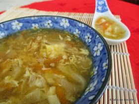 A falta de Lexatín... buenas son tortas: Sopa china de col y zanahoria