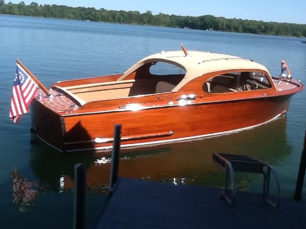 Carolina Classic Boats and Cars : Classic Wooden Boats and Automobiles including Chris Craft, Gar Wood, Riva, Hacker Craft, Trumpy, Porsche, Ferrari, Jaguar, Mercedes, Maserati, and other classics.