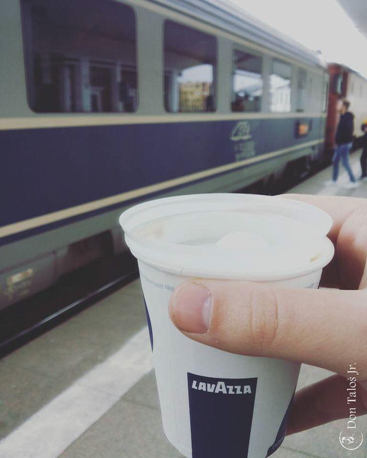 ' Eşti mai bogat cu fiecare călătorie pe care o faci '   #Express yourself; #C.F.R.; #Train addict   www.talosdarius.ro   Travelling from Cluj Napoca to Brasov.