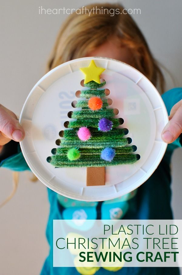 plastic-lid-christmas-tree-sewing-craft