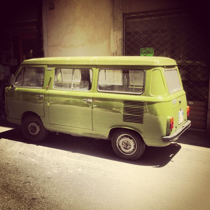 Fiat 900.......