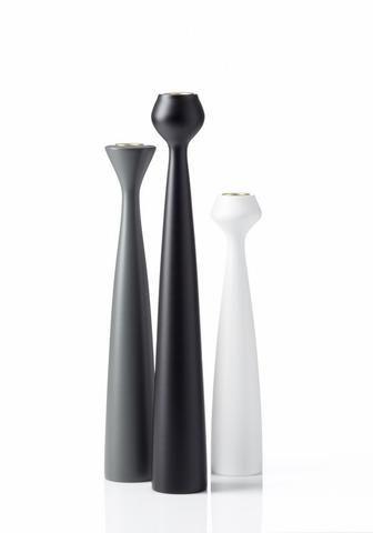 Jednoduchá elegance svícnů Applicata inspirovaná Skandinávií. Cena od 975 Kč  #design #candlestick #style #interiordesign #applicata #stylish #home