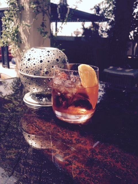 Traditional Italian recipe of the popular Negroni