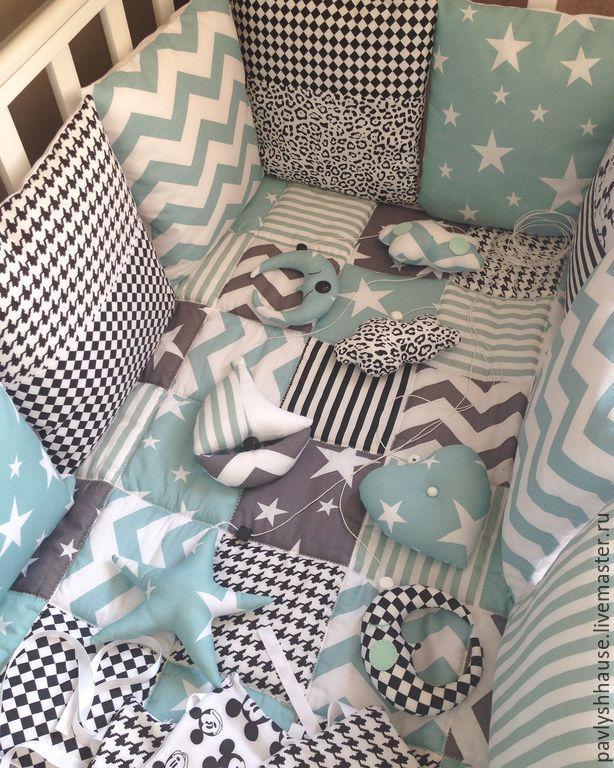 Купить Комплект в кроватку малышу - лоскутное шитье, лоскутное одеяло, одеяло пэчворк, детское одеяло