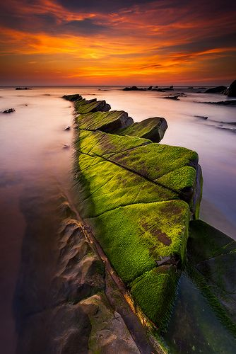 Playa de Barrika, Bizkaia. Rechuela, Basque Country, Spain. Photo by Francois Marclay - 31/5/2012