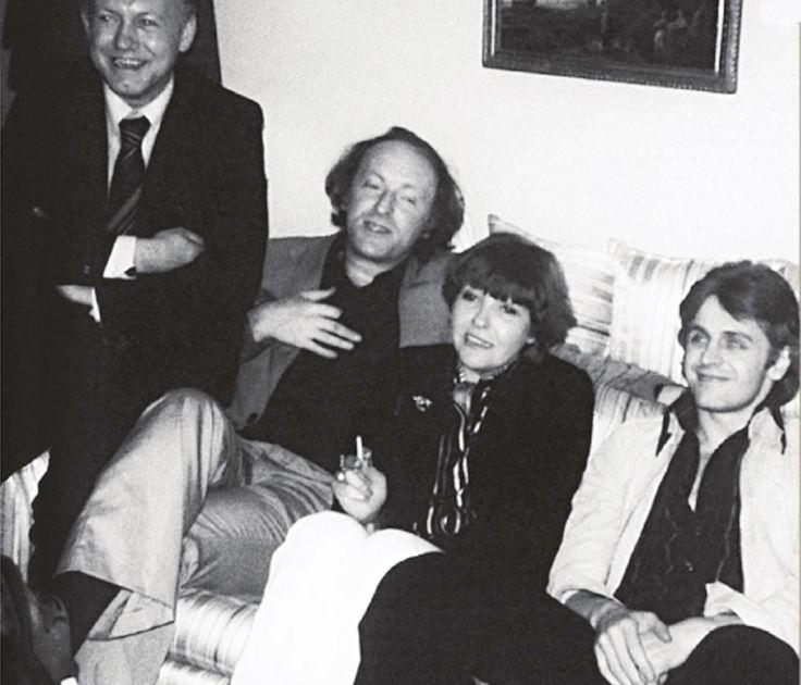 Нью - Йорк, 1976 г. Борис Мессерер, Иосиф Бродский, Белла Ахмадулина, Михаил Барышников.