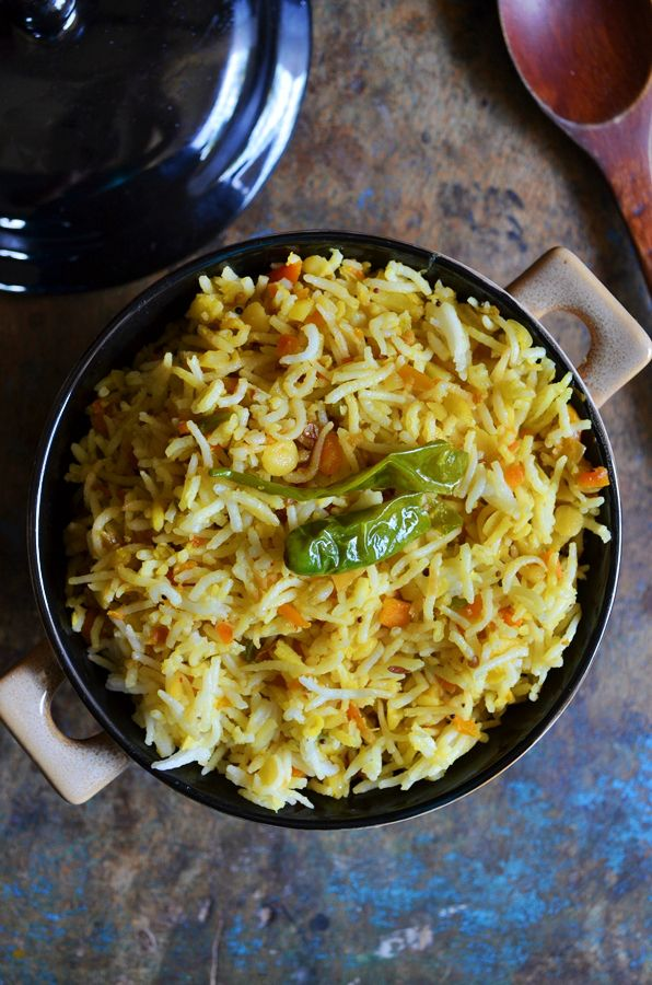 Healthy lunch for toddlers and kids, delicious dal pulao!  Recipe @ http://cookclickndevour.com/dal-pulao  #cookclickndevour #vegan #rice #recipeoftheday
