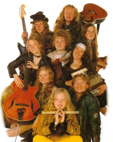 The Kelly Family, 1997. This was my first concert at the tender age of 7.