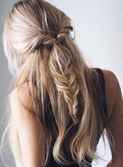 Cute Ash Blonde Hairstyles for Long Hair