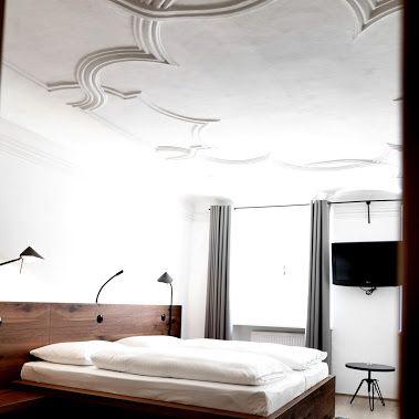 Stuckdecken, Holzböden, Festspielblick: arthotel Blaue Gans in Salzburg www.blauegans.at