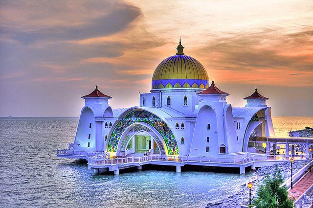 Masjid Selat Melaka aka Malacca Straits Mosque