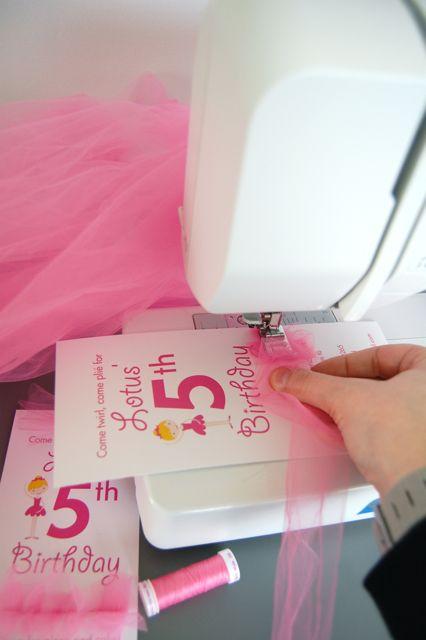 DIY Tulle ballerina birthday party invites: Adorable!