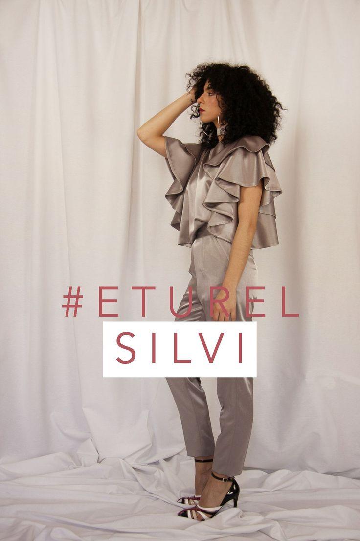 Pantalon  SLIM satinado, disponible en varios colores y perfecto para combinar con tu blusa   SHOP -> http://eturelshop.com/product/eturelsilvi-plata