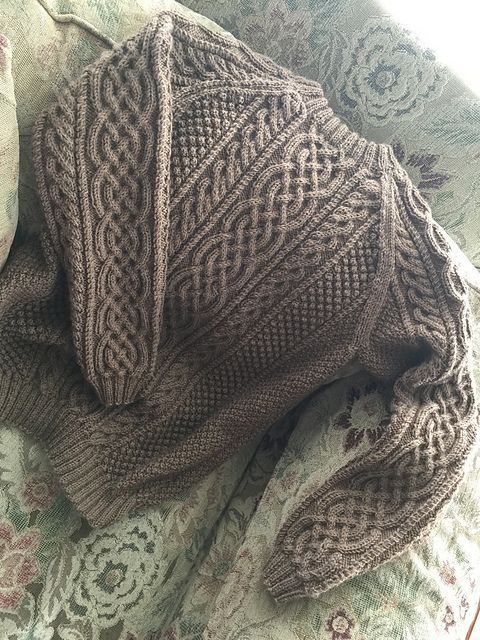 Ravelry: celticmom23's Cables Cables and More!